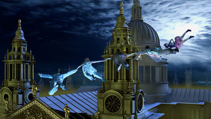 Flying Through The Spires of St Pauls