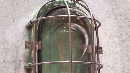 bunker_light