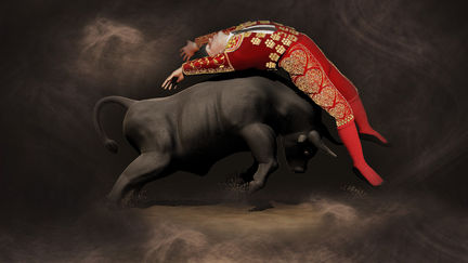 Bullfighting (Spanish: corrida de toros )